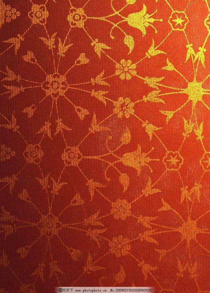 红布上的金色花纹图片